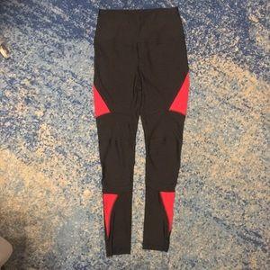 C&C California Black and Red Long Leggings, NWOT